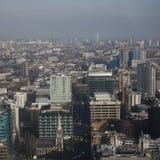 Flyg- sikt av London från den Walkie Talkiebyggnaden på gatan för 20 Fenchurch Royaltyfri Foto
