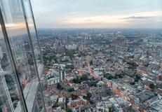 Flyg- sikt av London horisont på natten, London Royaltyfri Bild