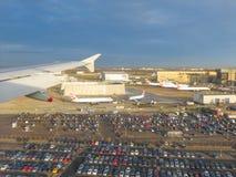 Flyg- sikt av London - landning Fotografering för Bildbyråer