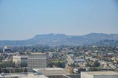 Flyg- sikt av Los Angeles cityscape Arkivfoton