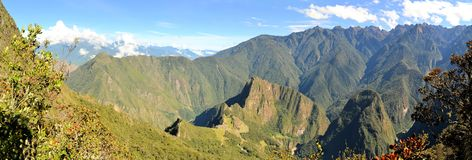 Flyg- sikt av Machu Picchu, borttappad Incastad i Royaltyfri Fotografi