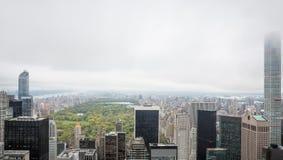 Flyg- sikt av Manhattan tak Arkivfoton