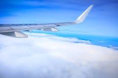Flyg- sikt av Manila område som sett från flygplanet royaltyfri bild