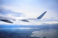 Flyg- sikt av Manila område som sett från flygplanet royaltyfri fotografi