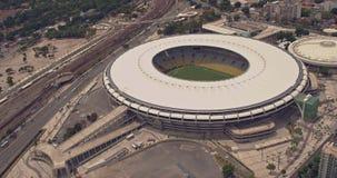 Flyg- sikt av Maracana fotbollsarena stock video