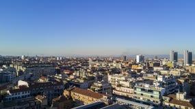 Flyg- sikt av mitten av Milan, panoramautsikt av Milan, nordvästlig sida Fotografering för Bildbyråer