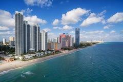 Flyg- sikt av norr Miami Beach Arkivbild