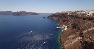 Flyg- sikt av Oia, Santorini, Grekland arkivfilmer