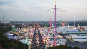Flyg- sikt av Oktoberfest, Munich, Tyskland stock video