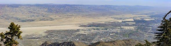 Flyg- sikt av Palm Springsstaden Fotografering för Bildbyråer