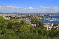 Flyg- sikt av Palma de Mallorca i Majorca, Balearic Island, Spanien royaltyfria foton