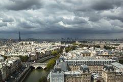 Flyg- sikt av Paris Arkivfoto