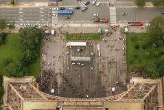 Flyg- sikt av Paris arkitektur från Eiffeltorn. Arkivbilder