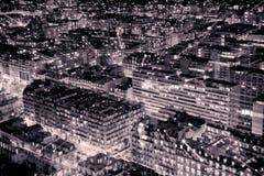 Flyg- sikt av Paris i natten svart white Royaltyfri Foto