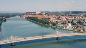 Flyg- sikt av Ptuj lager videofilmer