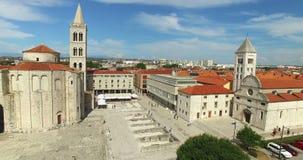 Flyg- sikt av Roman Forum i Zadar i Kroatien stock video