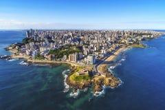 Flyg- sikt av Salvador da Bahia, Brasilien Arkivfoton