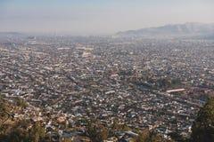 Flyg- sikt av Santiago de Chile Arkivfoton