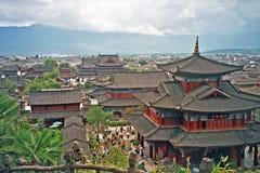 Flyg- sikt av slotten i lijiang, porslin royaltyfria bilder