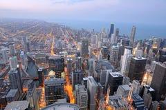 Flyg- sikt av staden av Chicago Arkivbilder