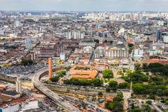 Flyg- sikt av staden av Sao Paulo, Brasilien, Sydamerika Royaltyfri Bild