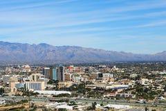 Flyg- sikt av staden av Tucson, Arizona Royaltyfri Bild