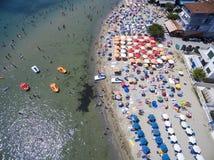 Flyg- sikt av stranden i Katerini, Grekland Arkivfoto