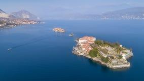 Flyg- sikt av Stresa på sjön Maggiore, Italien Royaltyfria Bilder
