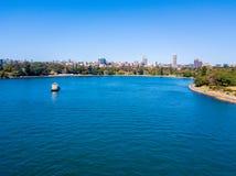 Flyg- sikt av Sydney Harbour Arkivbilder