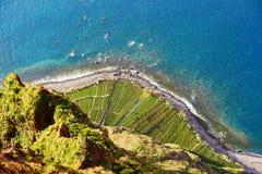 Flyg- sikt av terrassfält på Cabo Girao, madeira, Portugal royaltyfri foto