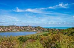 Flyg- sikt av Tihany på sjön Balaton Arkivfoton