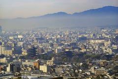 Flyg- sikt av till Ji och Kyoto i stadens centrum cityscape Arkivfoto