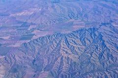Flyg- sikt av topografiska landskap över midwest stater på flyg över Colorado, Kansas, Missouri, Illinois, Indiana, Ohio arkivfoto