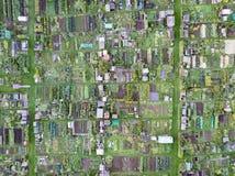 Flyg- sikt av traditionella engelska odlingslottar som ner ser Royaltyfria Foton