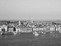 Flyg- sikt av Venedig i svartvitt Arkivfoto