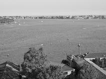 Flyg- sikt av Venedig i svartvitt Royaltyfria Bilder