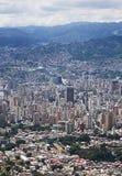 Flyg- sikt av Venezuela huvudstaden Caracas fotografering för bildbyråer