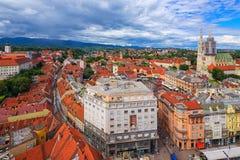 Flyg- sikt av Zagreb, Kroatien fotografering för bildbyråer