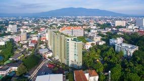 Flyg- sikt Chiang Mai City, sikt för hög vinkel som planerar Thailand Fotografering för Bildbyråer