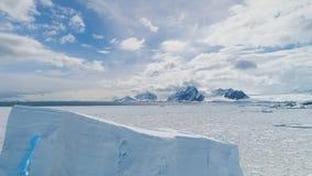 Flyg- sikt för antarktisk hård natur för snöland lös stock video