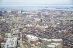 Flyg- sikt för bred vinkel över staden av Boston - BOSTON, MASSACHUSETTS - APRIL 3, 2017 Royaltyfri Bild