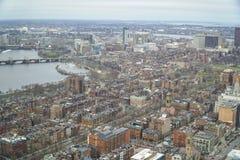 Flyg- sikt för bred vinkel över staden av Boston - BOSTON, MASSACHUSETTS - APRIL 3, 2017 Arkivbild