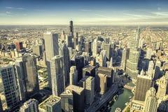 Flyg- sikt för Chicago horisontpanorama fotografering för bildbyråer