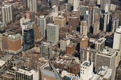 Flyg- sikt för Cityscape av det bostads- eller i stadens centrum området för Chicago stad Amerikanskt liv eller midwest som bygge arkivbilder