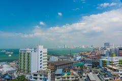 Flyg- sikt för för Pattaya stad och strand Arkivbilder