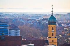 Flyg- sikt för Graz centrum arkivfoton