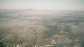 Flyg- sikt för hög höjd av den Umbria regionen nära Terni på en molnig dag, Italien arkivfilmer