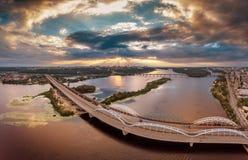 Flyg- sikt för Kiev bro Fotografering för Bildbyråer
