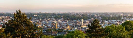 Flyg- sikt för panorama av Lviv, Ukraina Arkivfoto