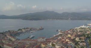Flyg- sikt för Portoferraio port lager videofilmer
